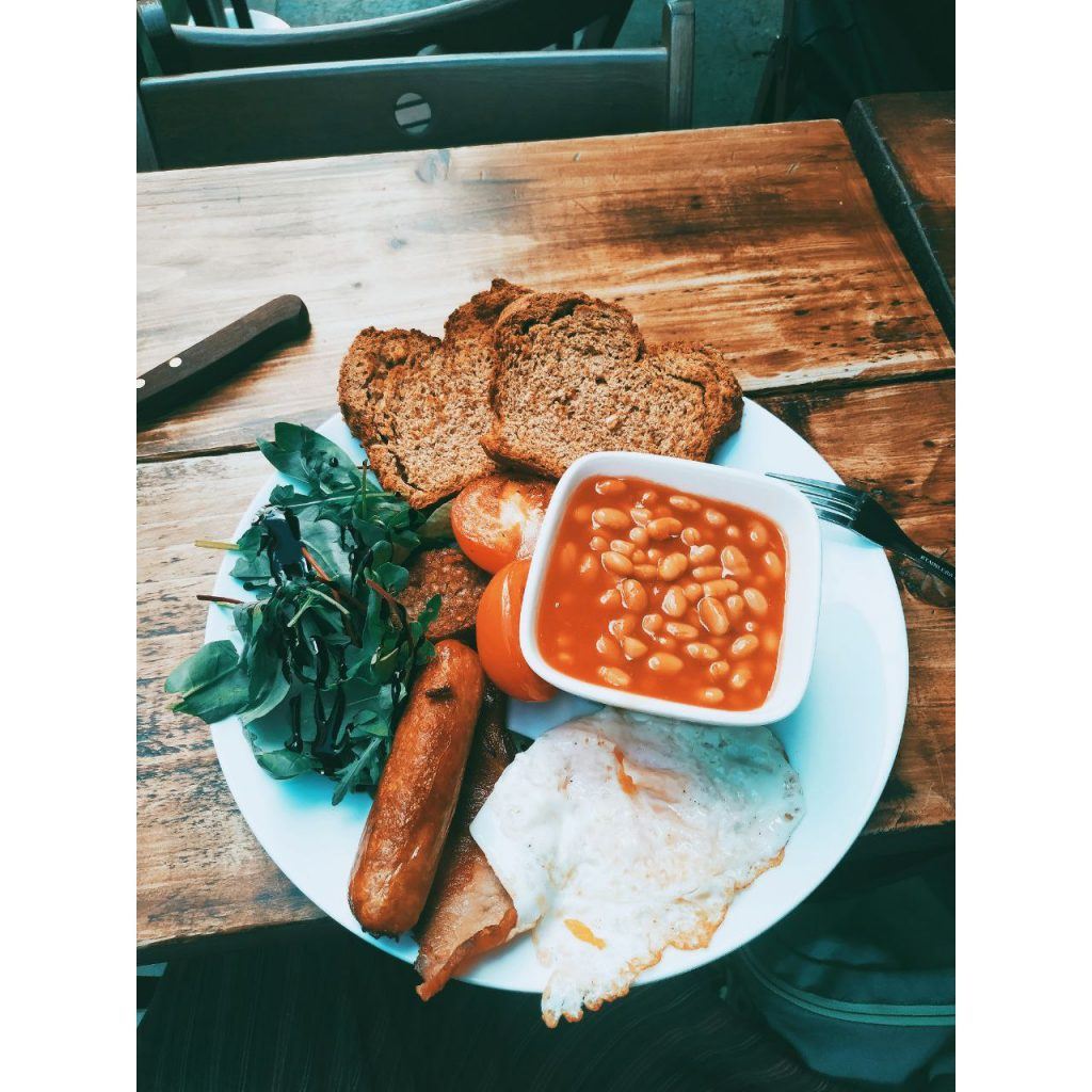 Desayuno típico irlandés en Dublín